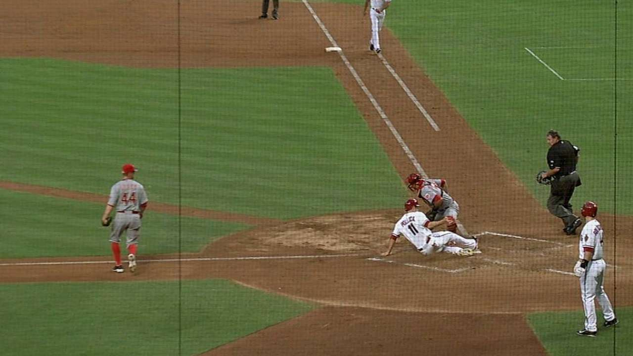 Arroyo greeted with second-inning slam by ex-team