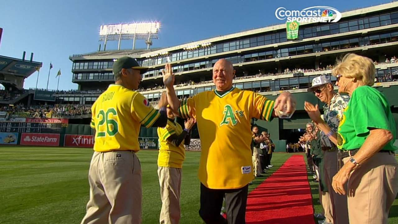 Reggie recalls Oakland champs teams fondly