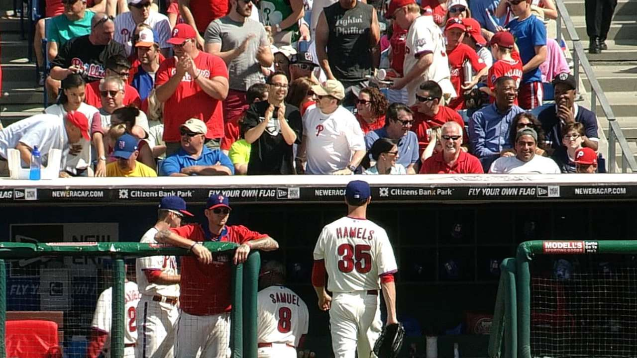 Phils fall to Mets in extras for second straight day