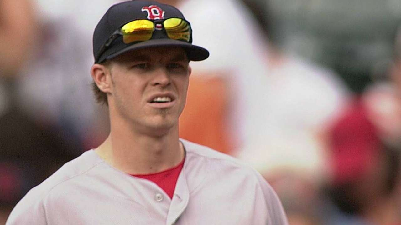 Holt showing his versatility, value for Red Sox