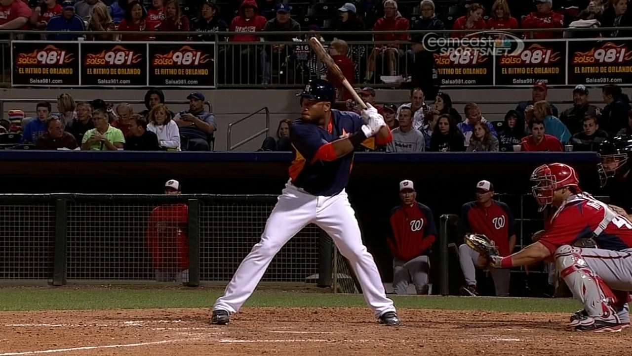 Singleton to join Astros, agrees on extension