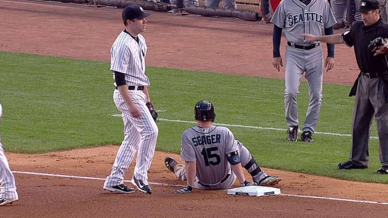 Yankees see Mariners pull away, pile on in loss