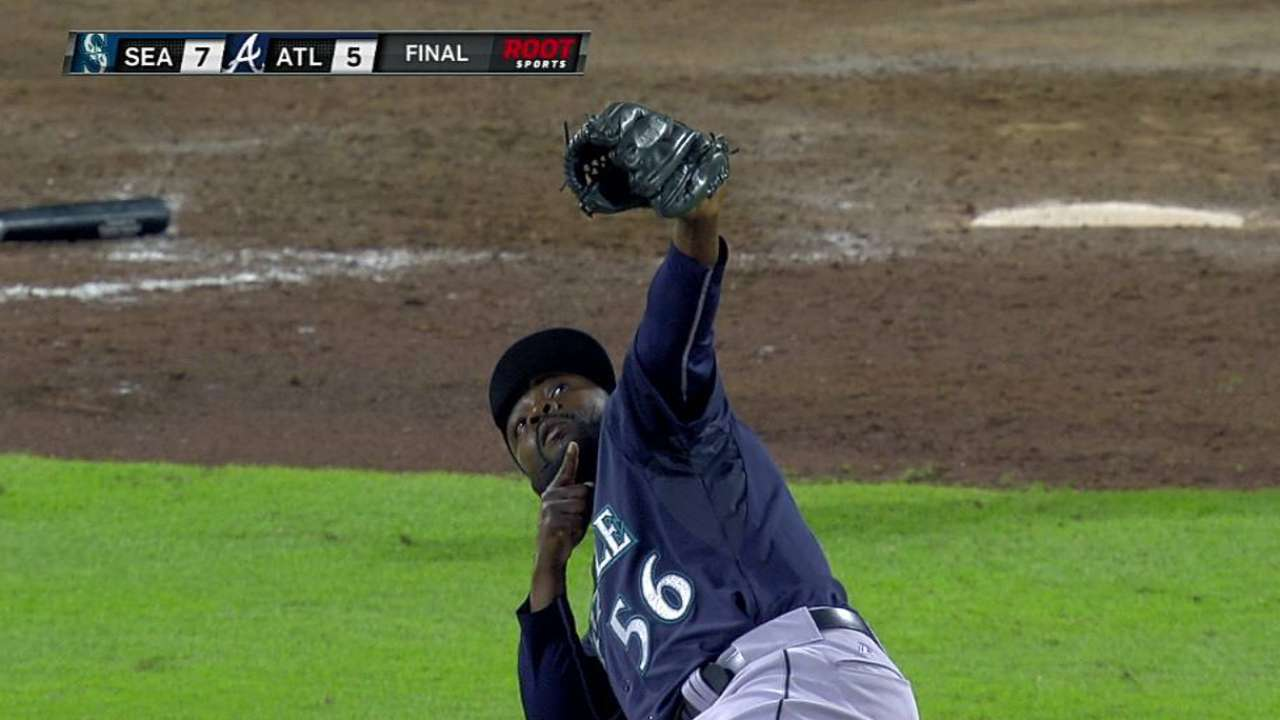Rodney overcomes wardrobe malfunction for save