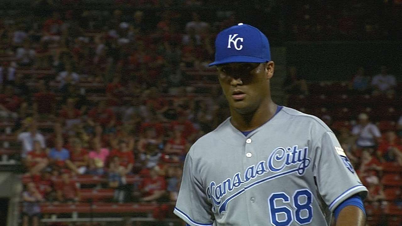Rodriguez throws perfect inning in MLB debut
