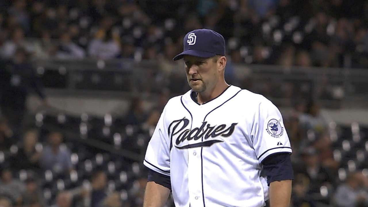 Lane's brief return to big leagues comes to end