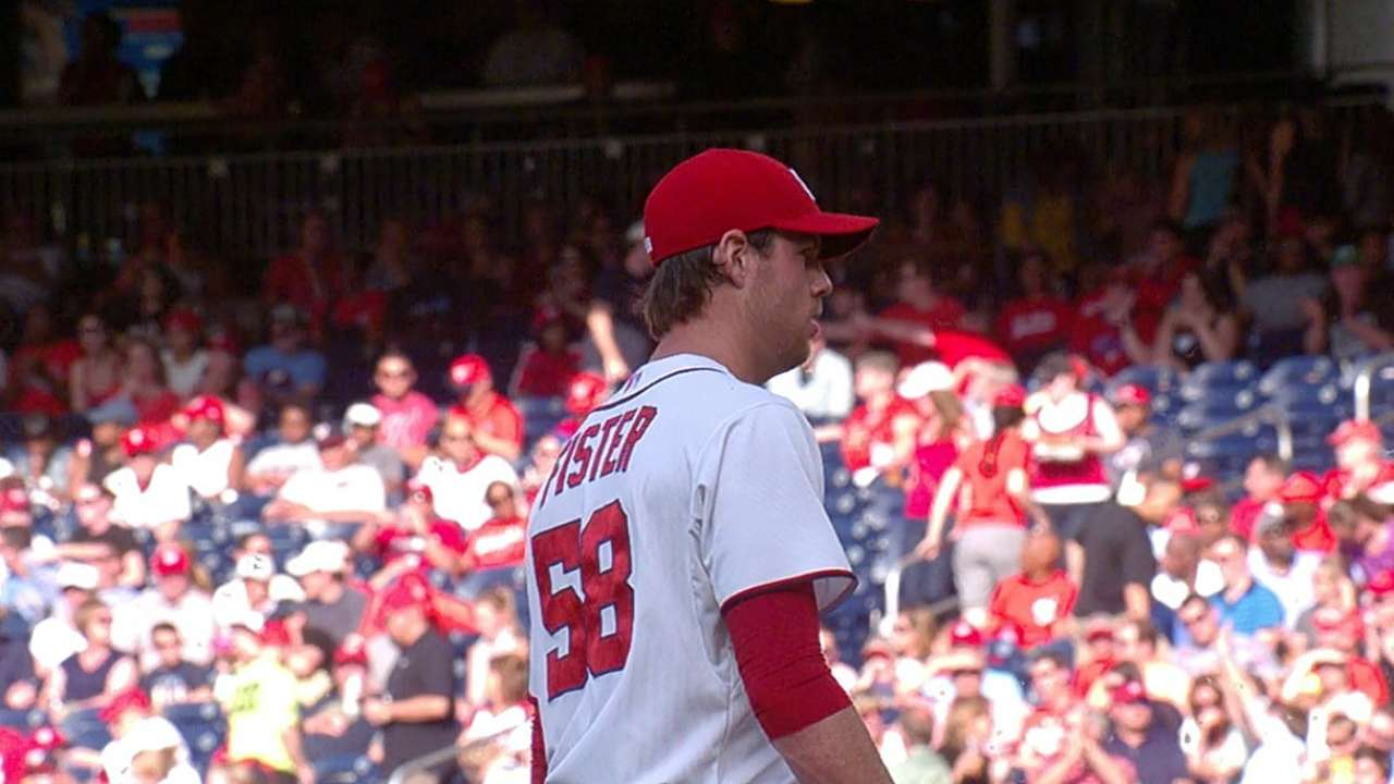 Fister in command as Nationals sweep Phillies