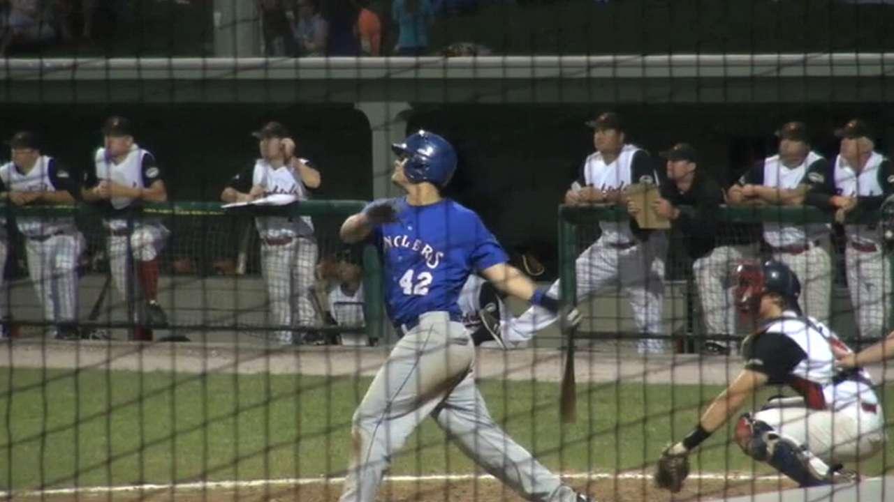 Astros take college slugger Davis in third round