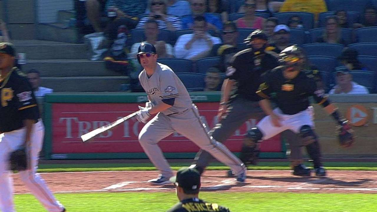 Brewers roll after game-breaking rally in eighth