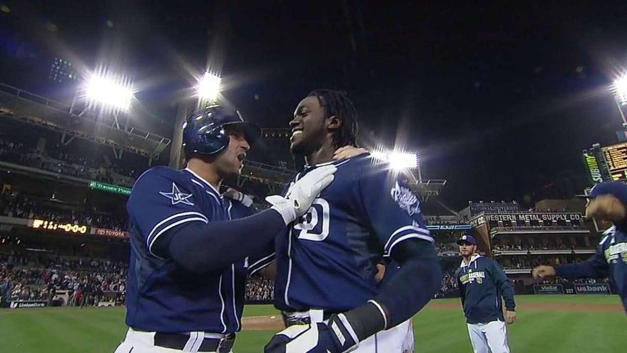 Hit de Maybin da victoria a Padres sobre Nacionales