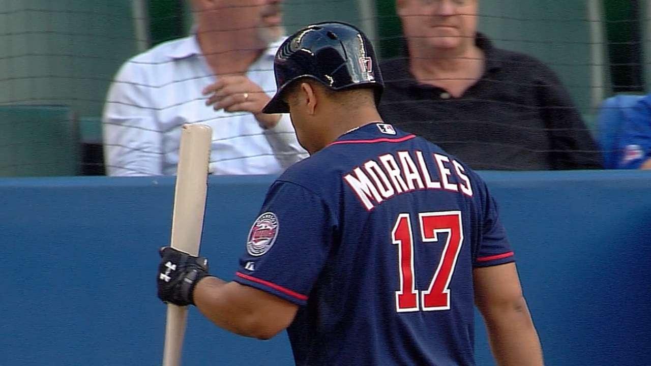 Morales singles, walks in Twins debut