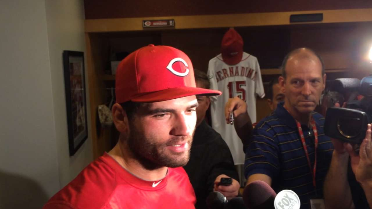 Votto singles, walks in return from DL
