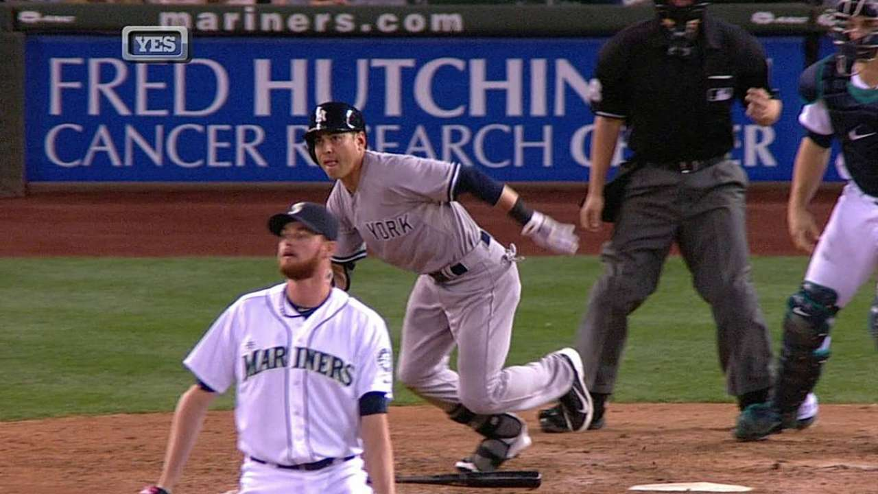 Ellsbury's clutch hit late helps Yanks top Mariners
