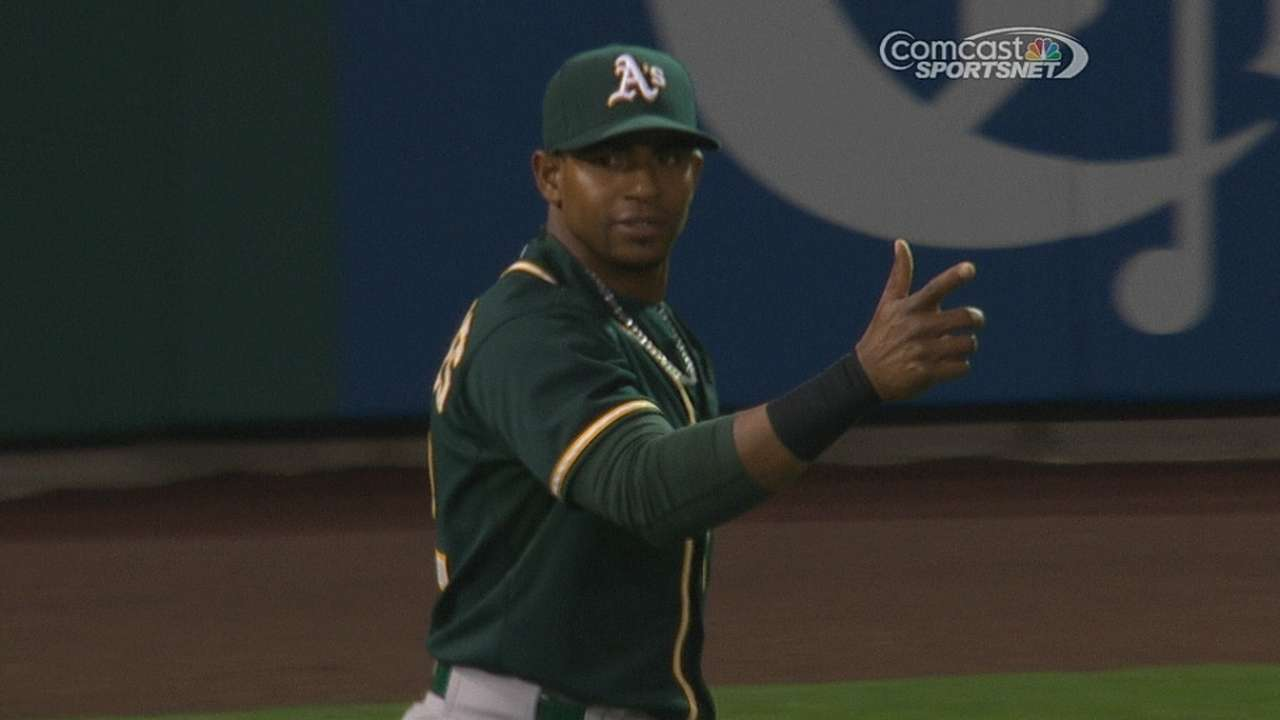 Cespedes' amazing assist stands after review