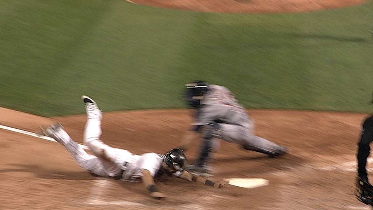 Verlander roughed up by White Sox in sixth inning