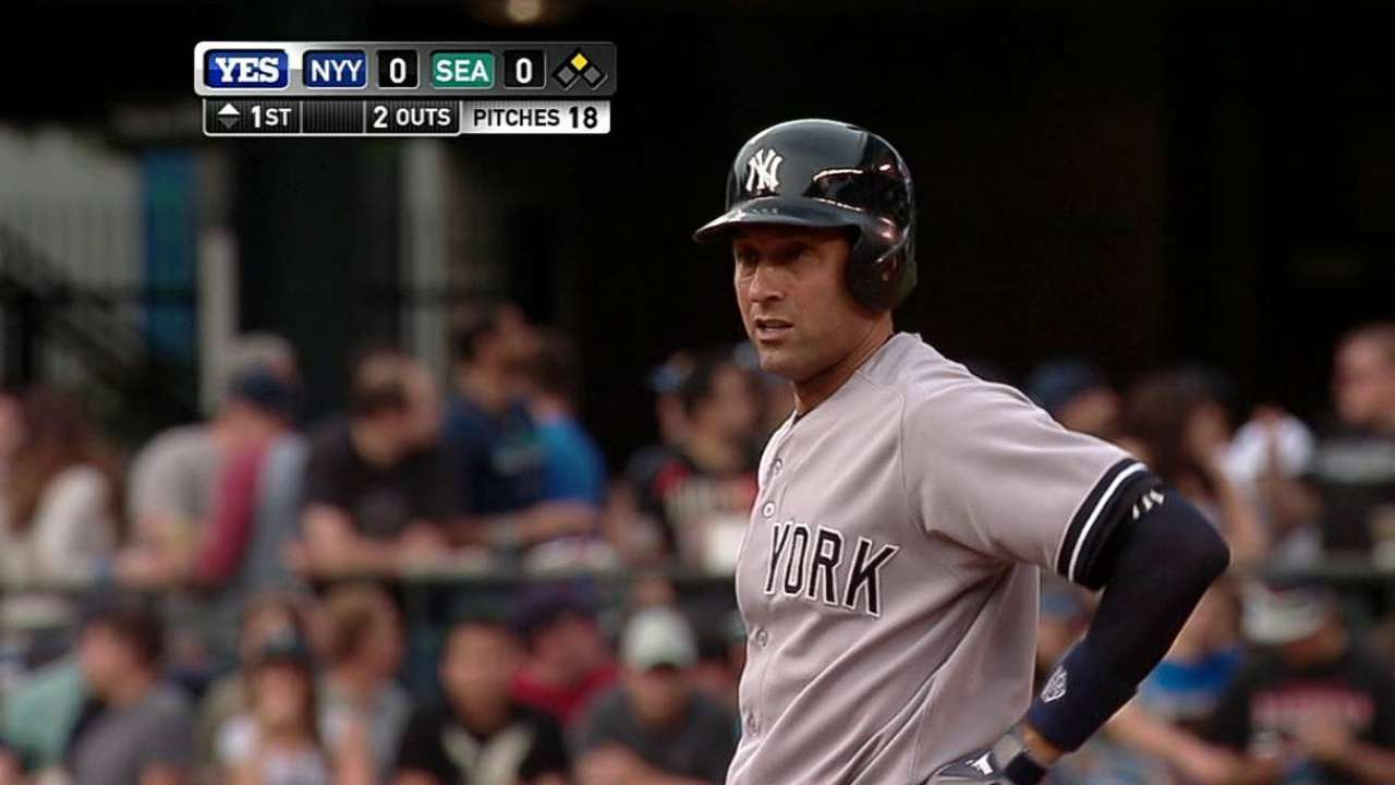 Jeter extends Yanks record with 351st career steal