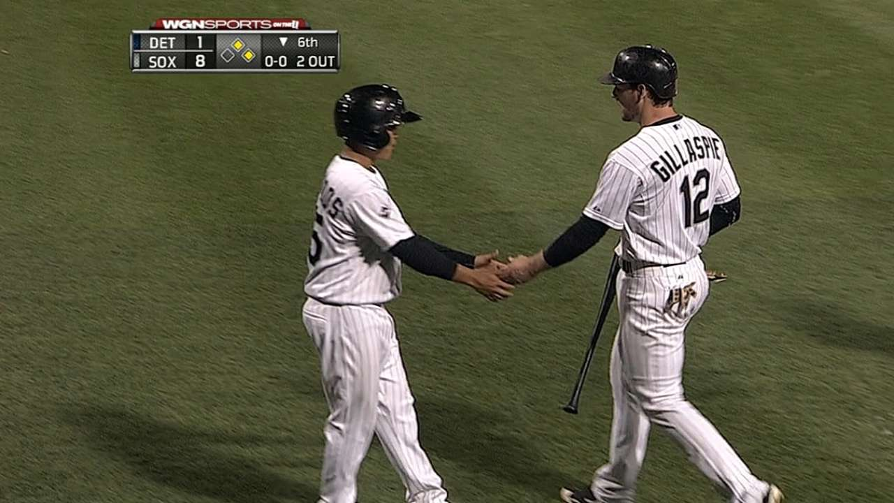 White Sox get to Verlander in sixth in rout