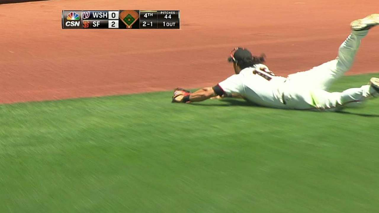 Stiff back keeps Pagan out vs. White Sox