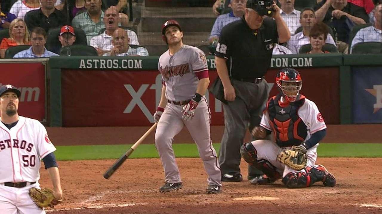Montero brilla pero D-backs caen con Astros en la 10ma