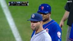 Ageless wonders: Abreu, Colon lead Mets over Padres