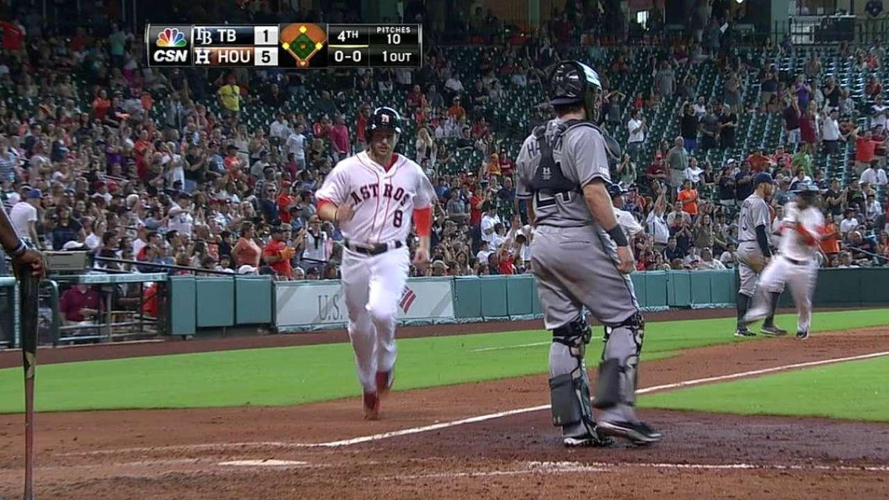 Domínguez, González impulsan a los Astros vs. Rays