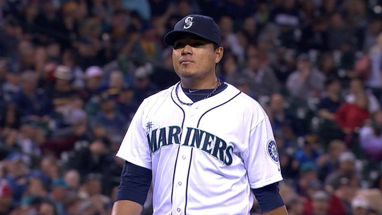 Seattle asks more from Ramirez as Walker waits