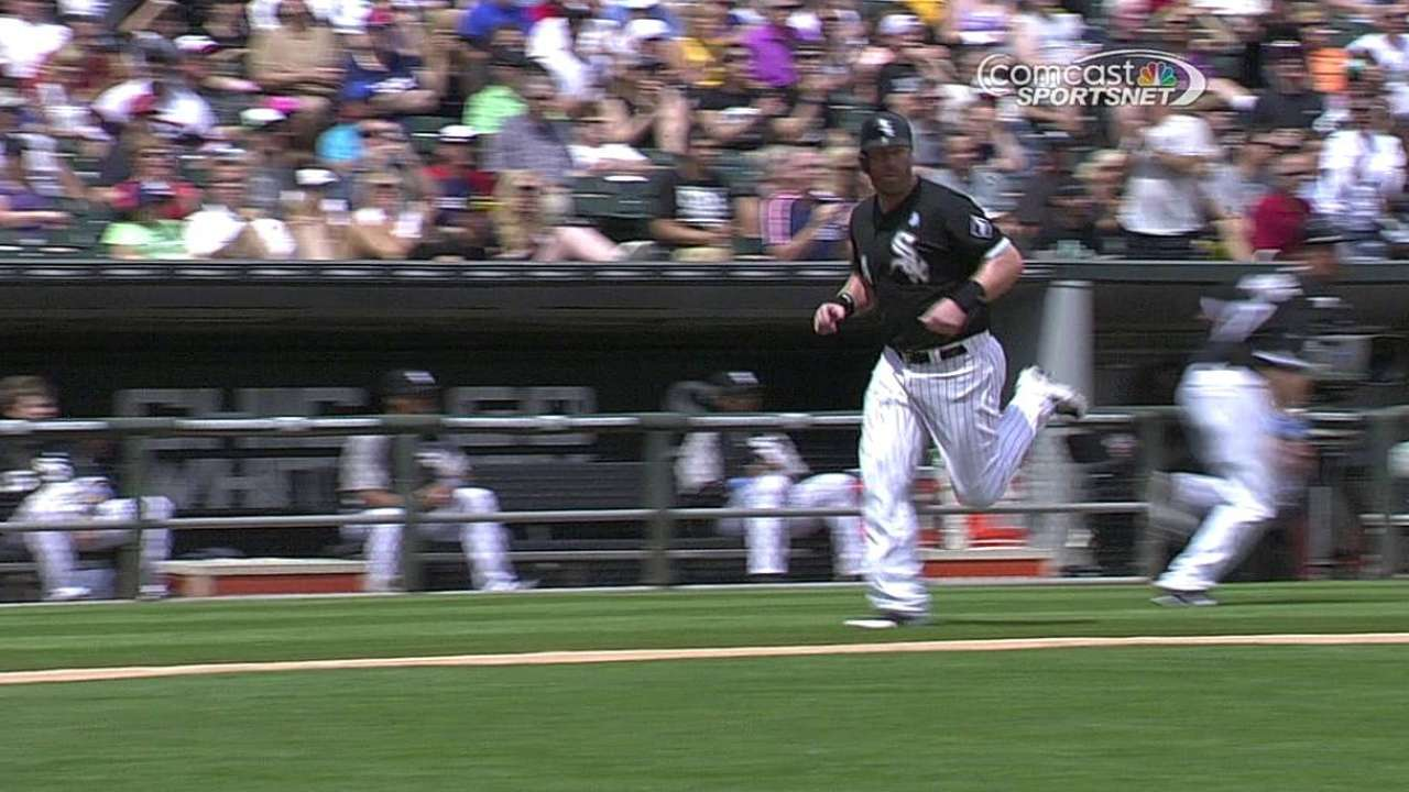 White Sox hit parade not enough in series finale