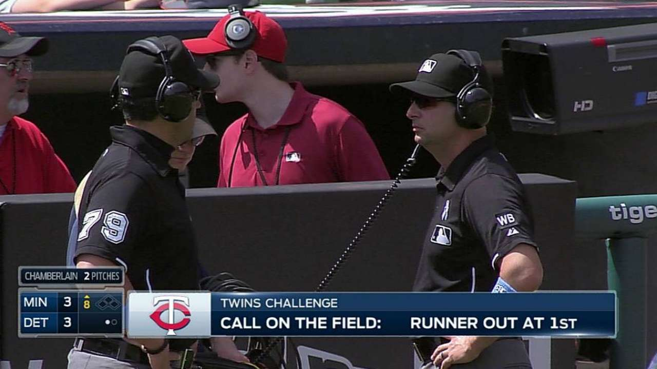 Out call at first stands as Twins lose challenge