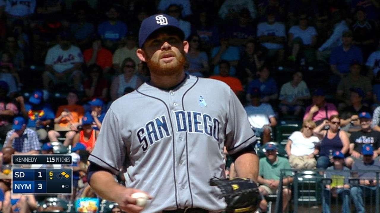 Padres offense falters against Mets' bullpen