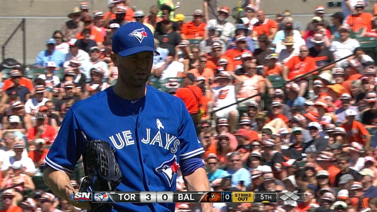 Happ solid as Toronto's offense awakens