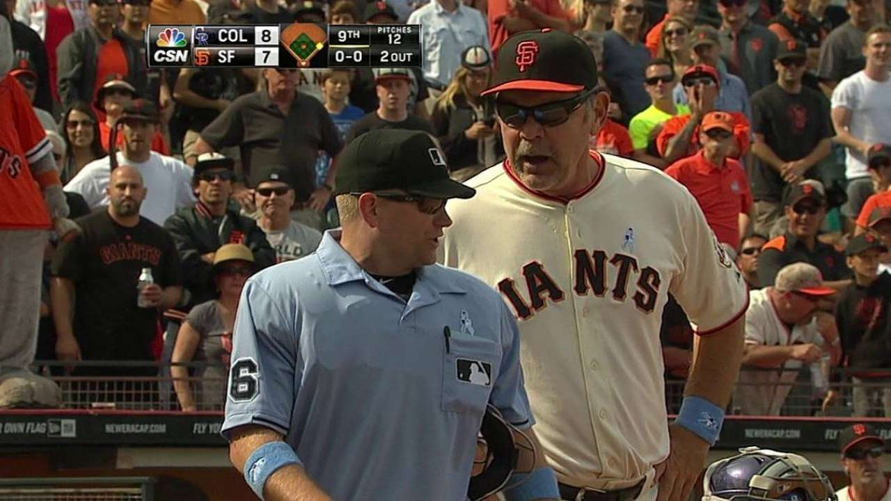 Bochy ejected near end of frustrating game
