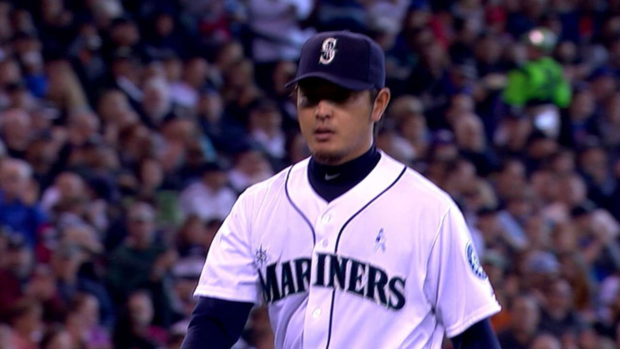 Iwakuma's neck stiffness not likely to alter rotation