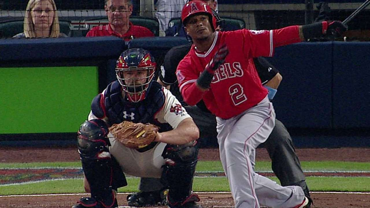 Aybar OK after leaving game with sore left hip