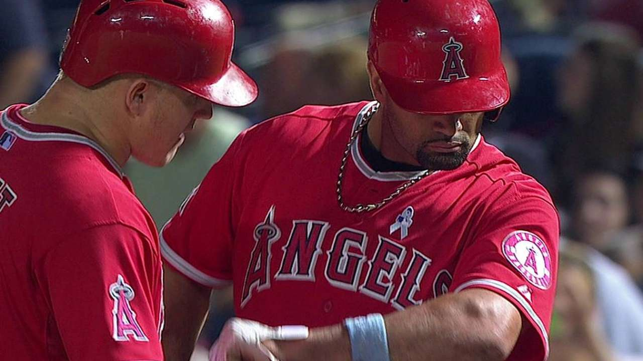 Pujols explains reaction to getting hit by pitch