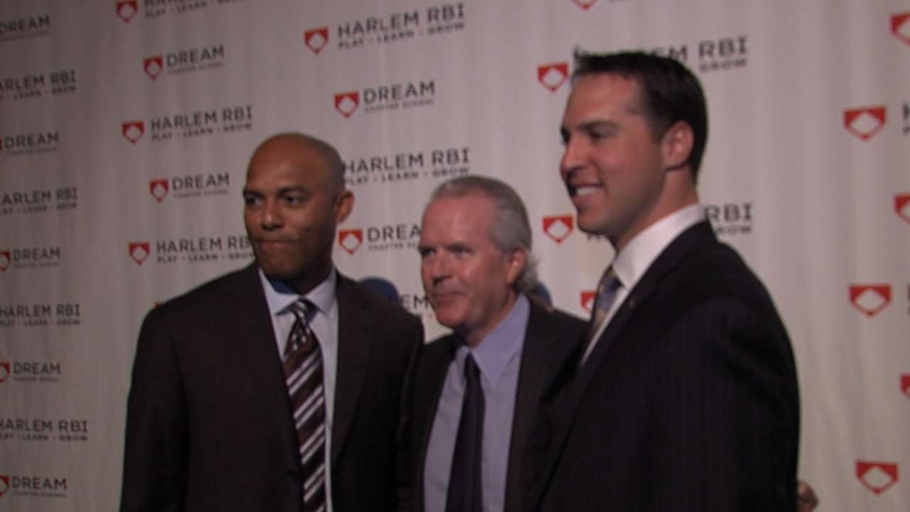 Teixeira on hand as Harlem RBI honors Mo