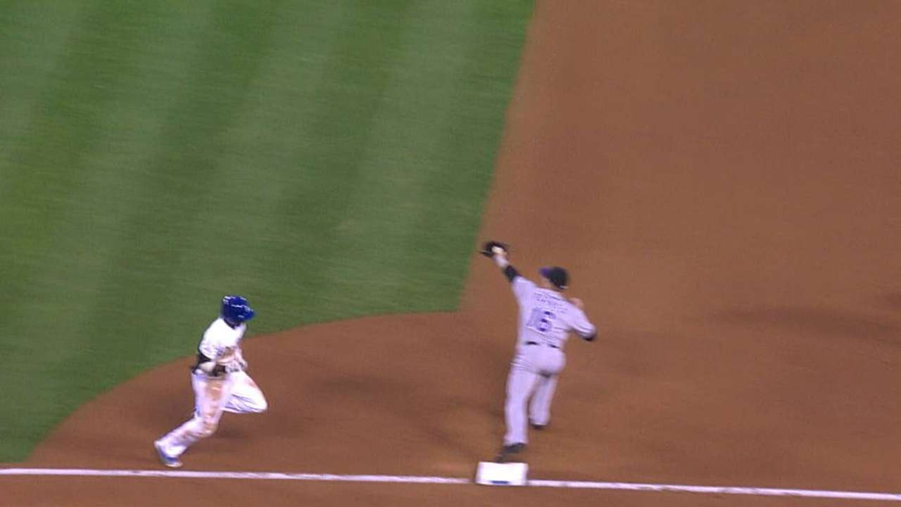 Parker's nice play at first rewarded after review