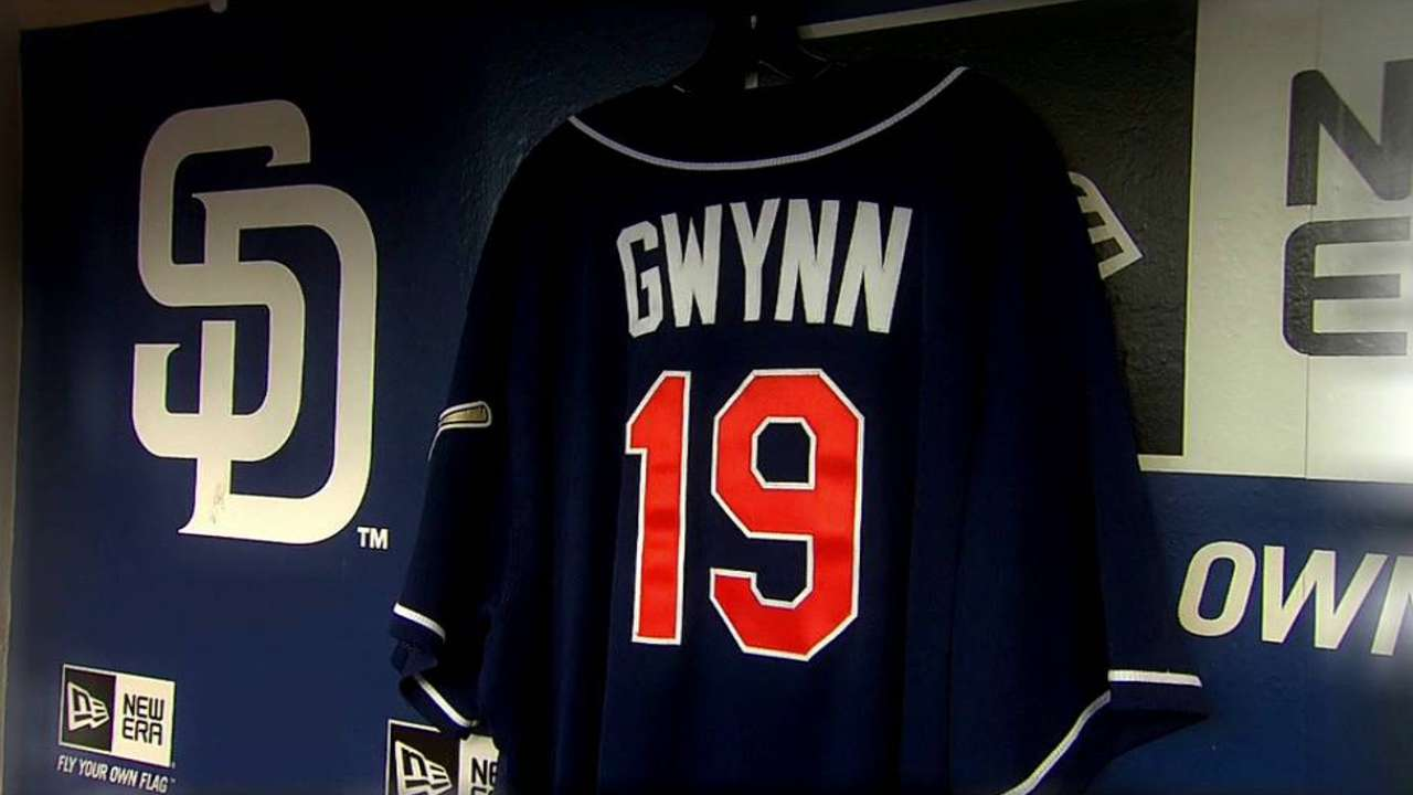 Gwynn sent 'home' in stirring service at SDSU