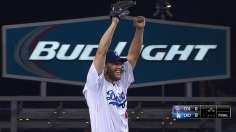 Kershaw tosses first no-no as Dodgers rout Rockies
