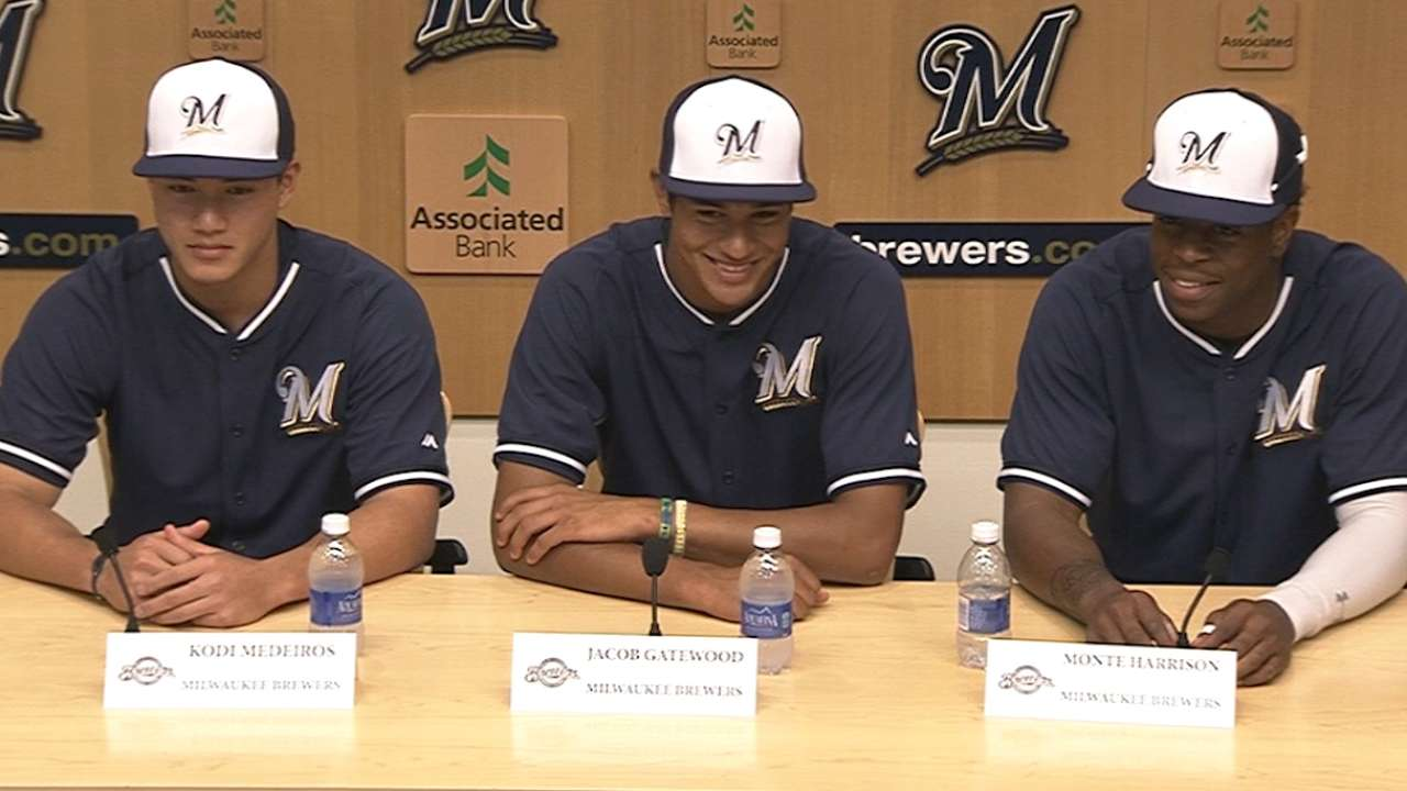 Brewers come to terms with top three Draft picks