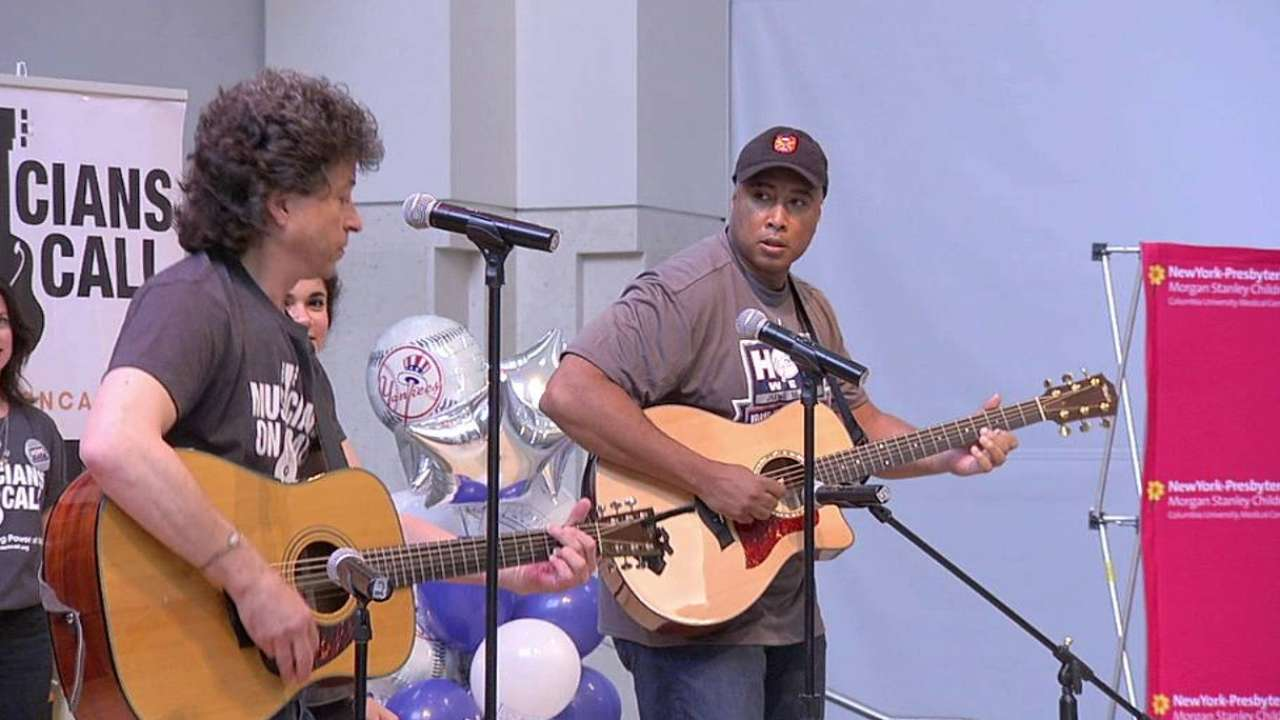 Yankees honor Musicians on Call during HOPE Week