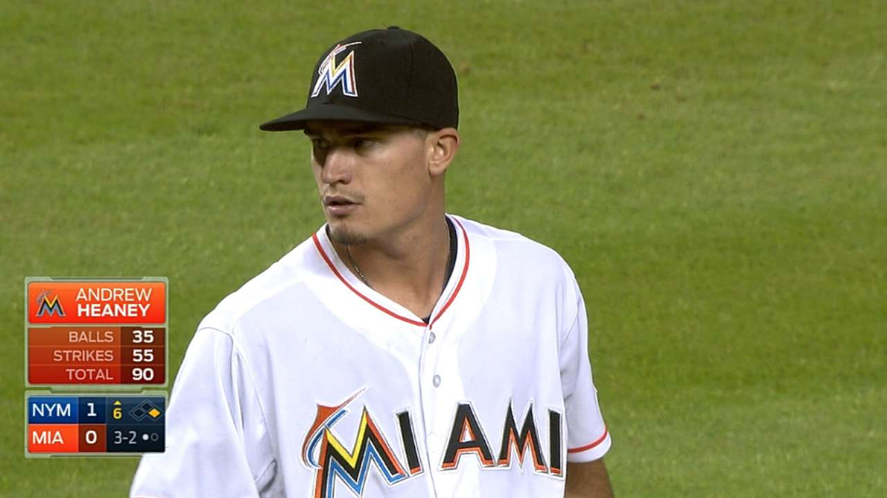 Marlins blanqueados por Wheeler en debut de Heaney