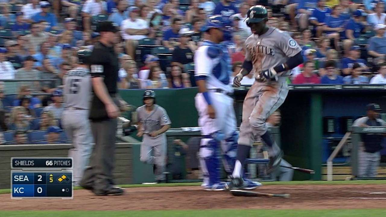 Cano carries lead into last days of All-Star voting