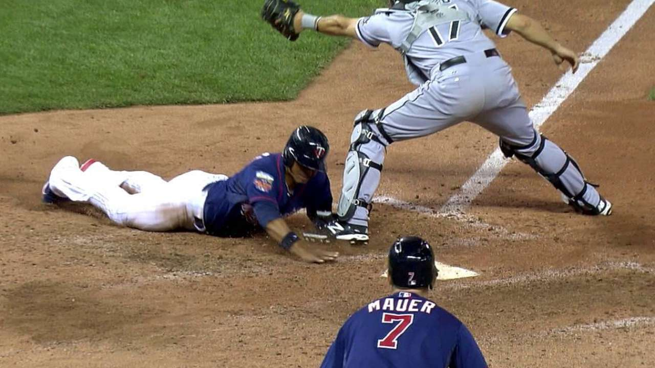 Dozier walks off with Twins' second straight win