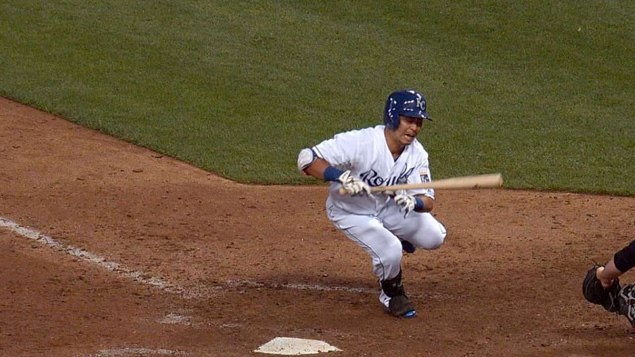 Aoki working to join crowded Royals outfield