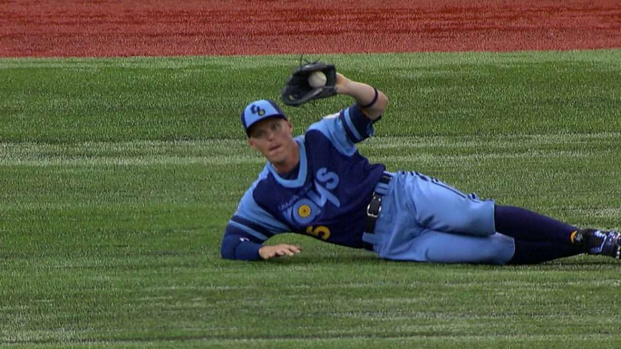 Rays get credit for catch in first after challenge