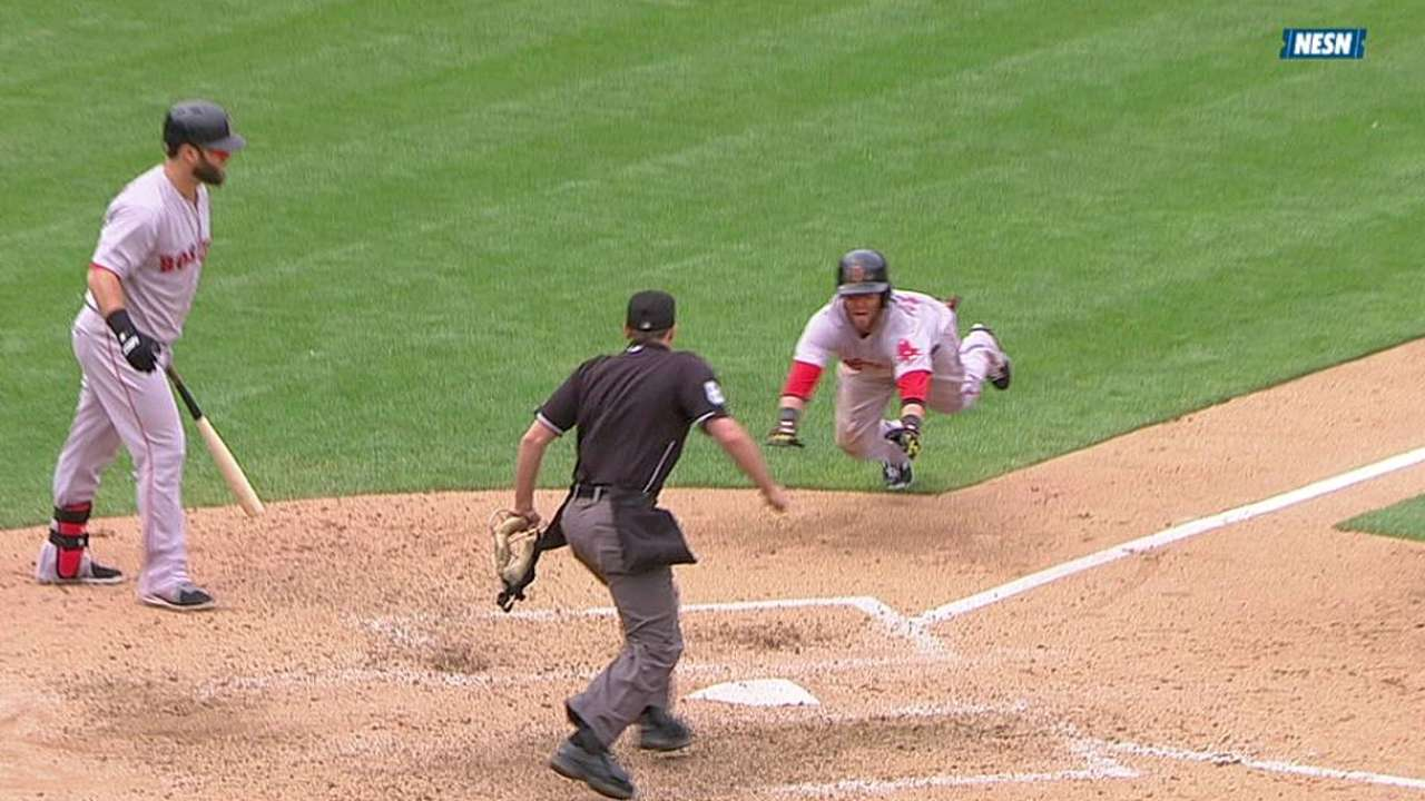 Red Sox capitalize to tie late, turned away in 10th