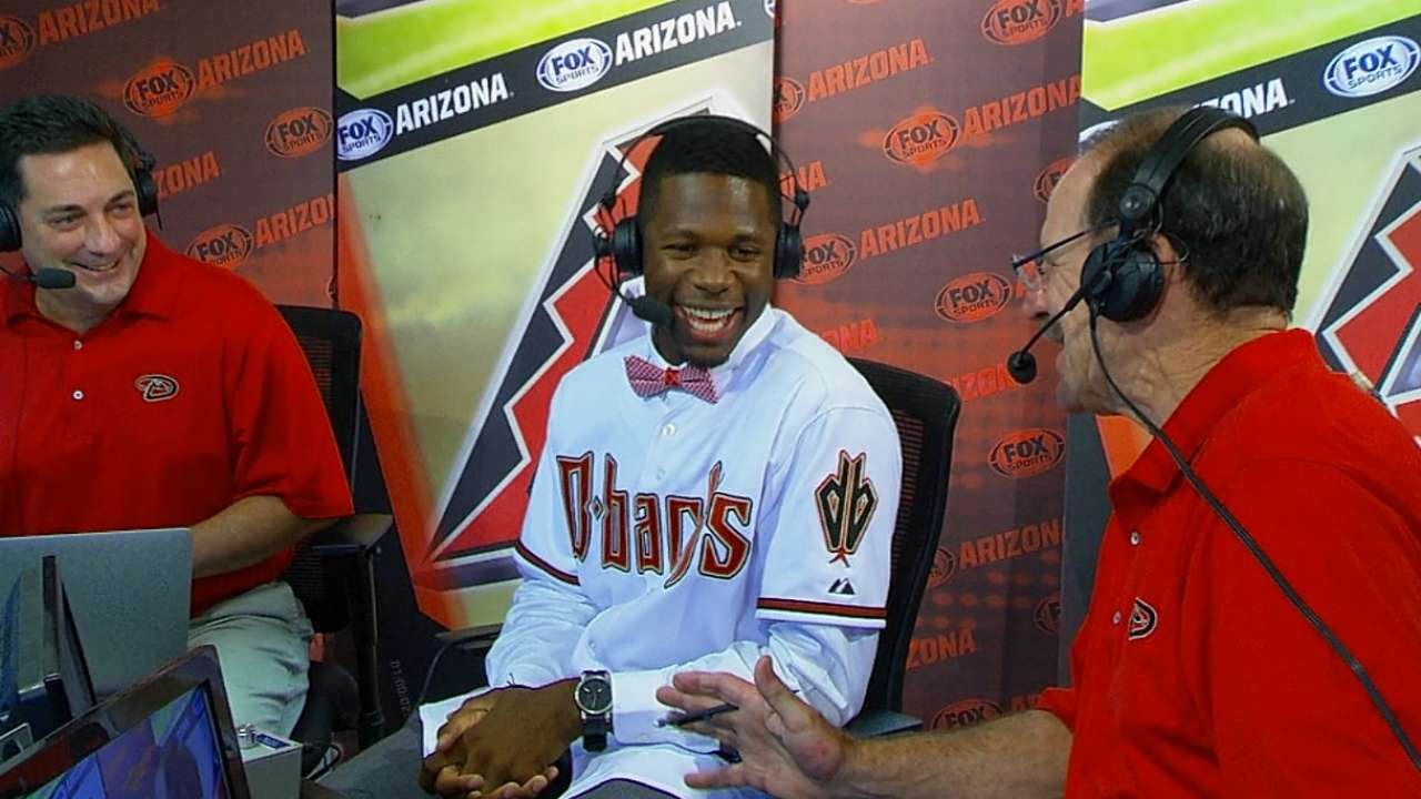 Toussaint introduced to Chase Field, D-backs