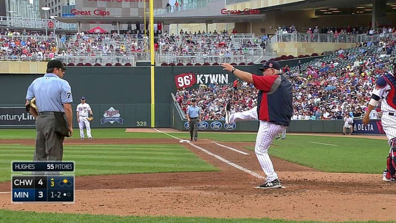 Gardy tossed for arguing balls and strikes