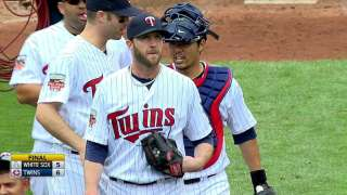 Burton enjoys short stint as Twins' setup man