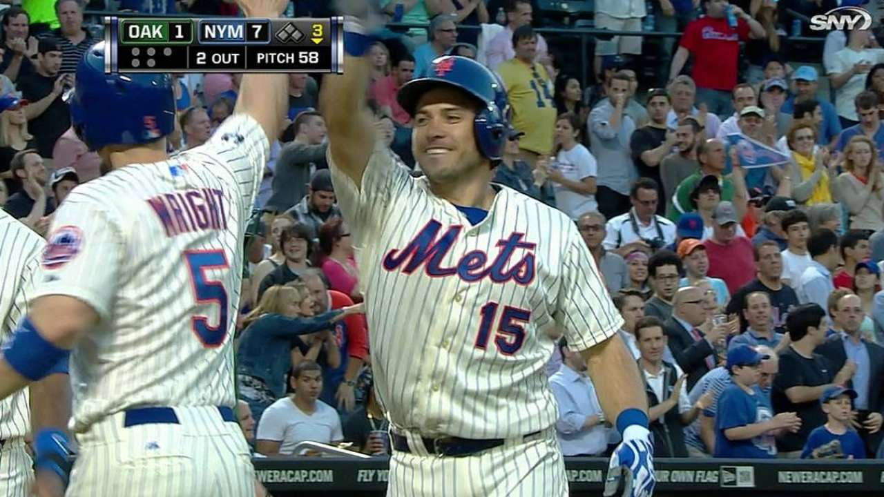 d'Arnaud recalled by Mets, belts three-run homer