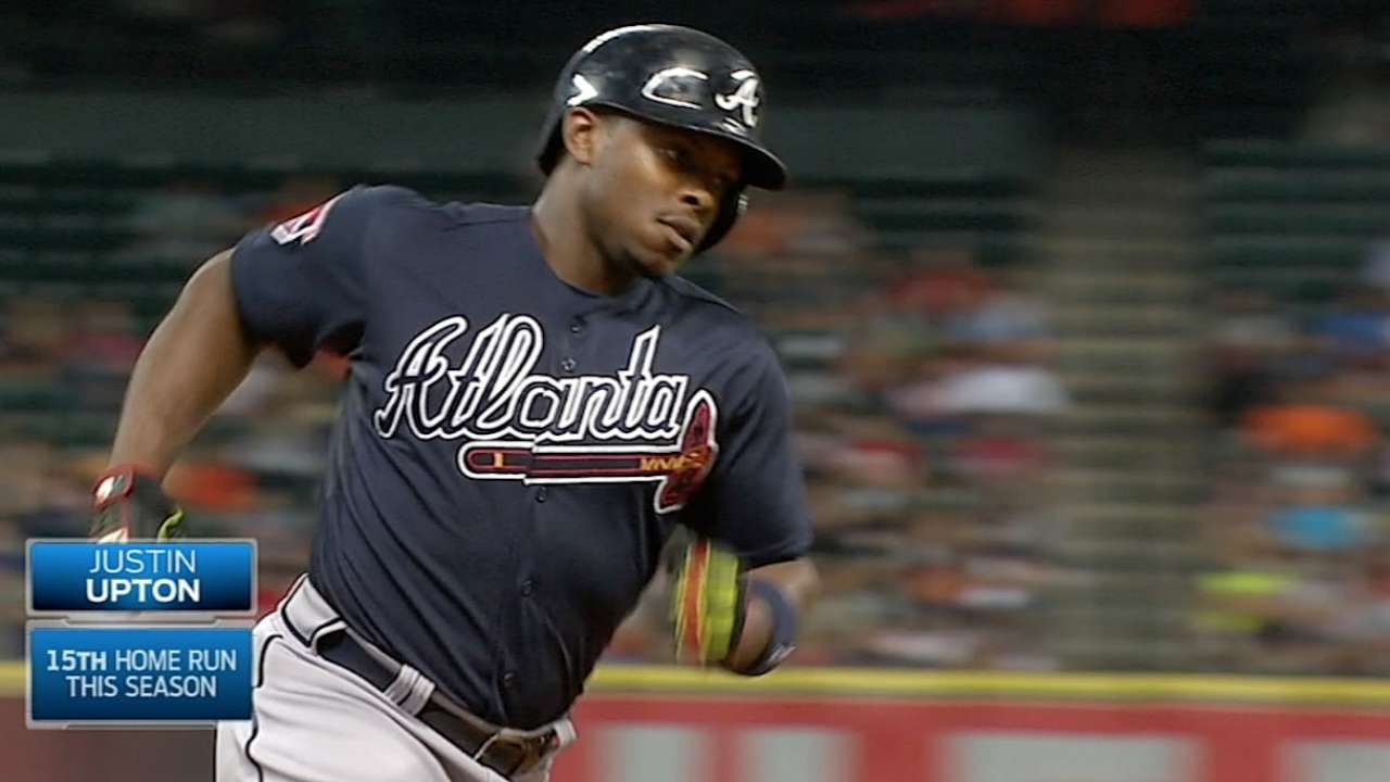 Upton brothers both homer to tie MLB record